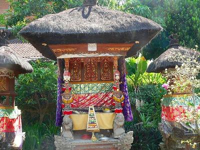 バリ島 民家のお寺