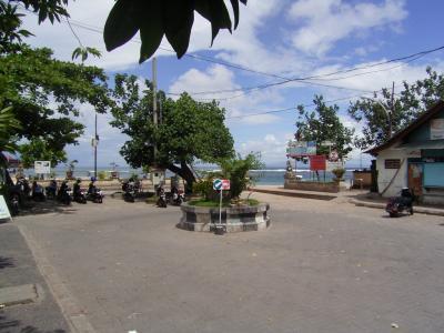 バリ島サヌール