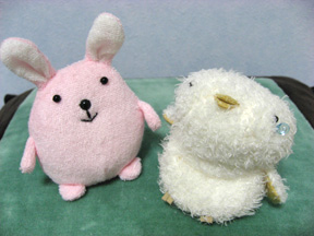 ウサギとヒヨコ