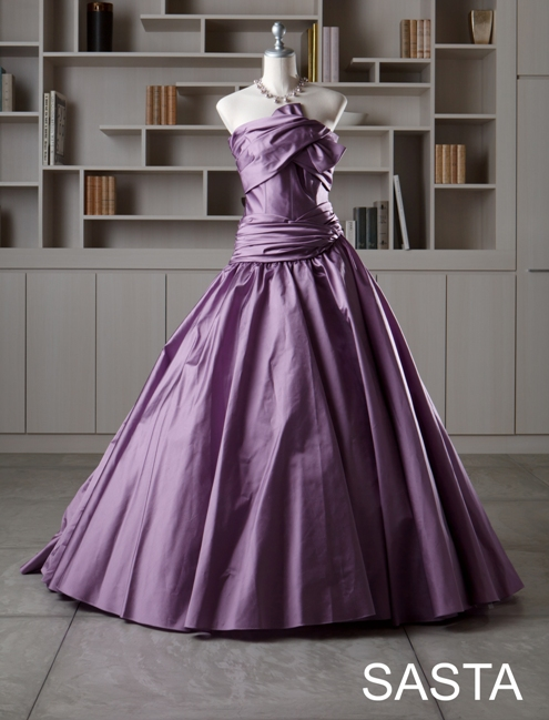 5cd4ec2ef5c82 上品で・・・さらにスタイルも綺麗に見せてくれるそんなドレスです