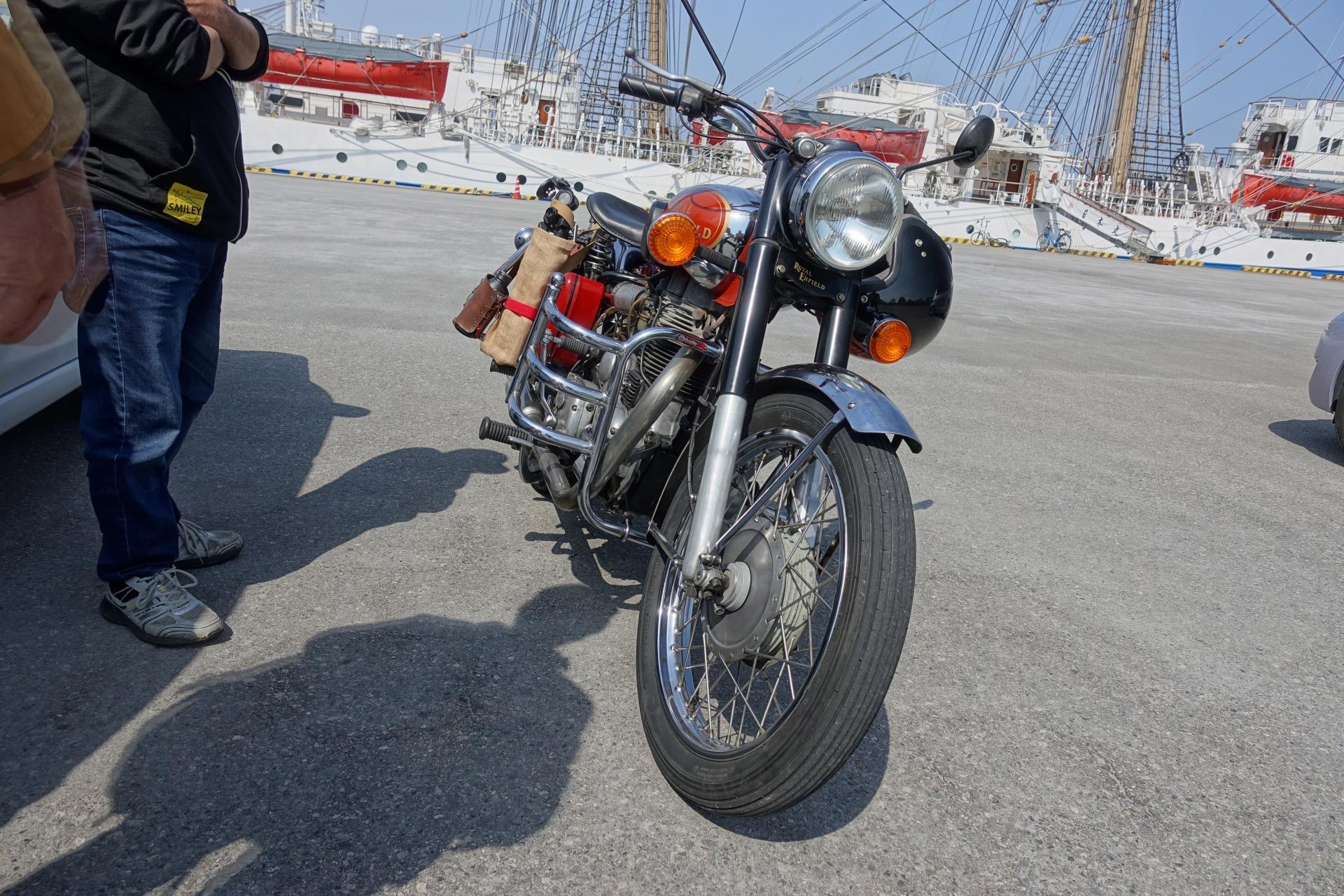 ロイヤルエンフィールドバイク