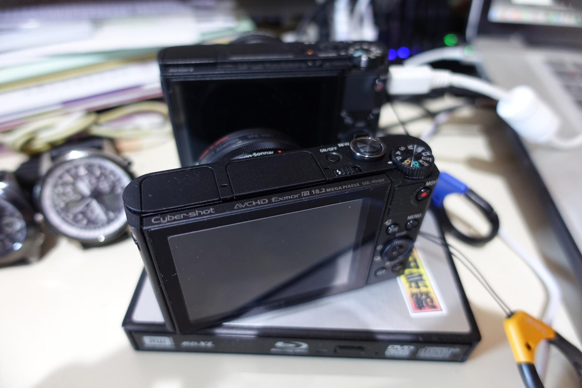 DSC-HX90V