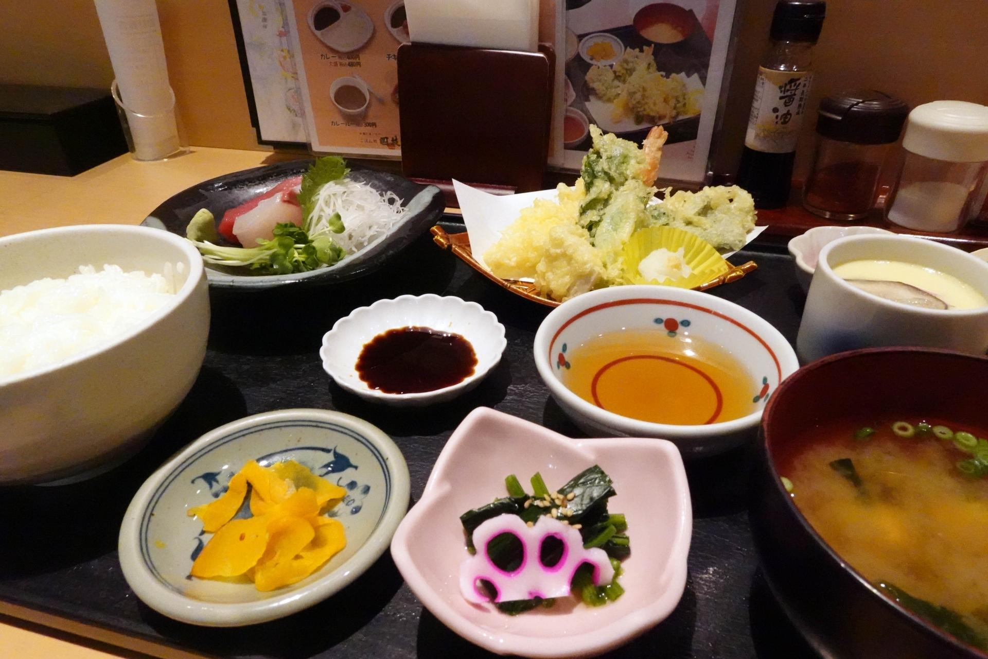 春野菜の天麩羅とお刺身御膳