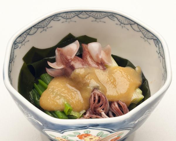 富山湾産ホタルイカの酢味噌かけ
