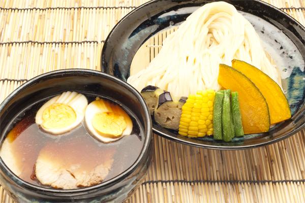 彩の国黒豚 自家製チャーシュー入り 魚介系つけ麺