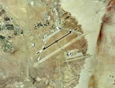 まわりに何もない「エドワーズ空軍基地」