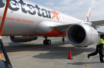 ジェットスター飛行機画像