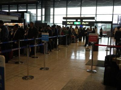 成田空港国際線カウンター画像