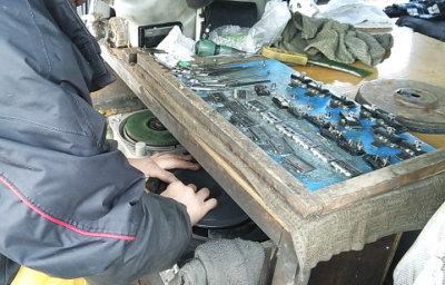 トリミングハサミ・バリカンの歯出張研ぎ画像