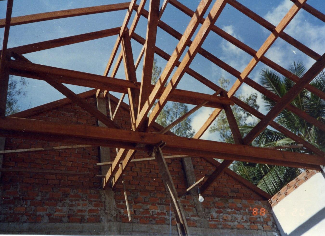 屋根骨木材