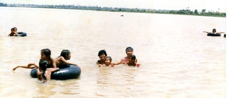 雨期メコン川