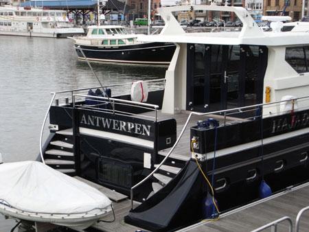 アントワープ、プライベートヨット