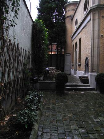 アントワープ、売家、中庭
