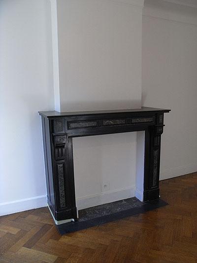 新居、リビング、暖炉