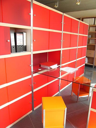 Kewlox、組み立て家具