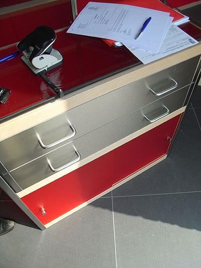 Kewlox、組み立てオフィス
