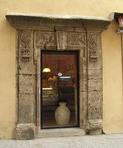 石の家、扉コレクション1