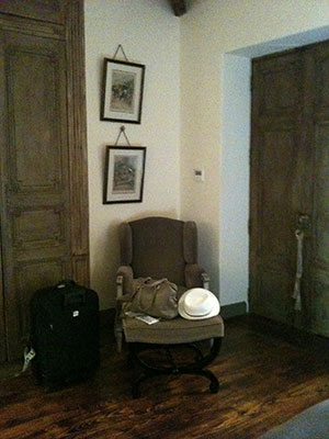 南仏の椅子1