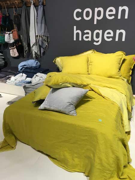 黄色のベッドカバー、メゾンエオブジェ、ファブリックコペンハーゲン