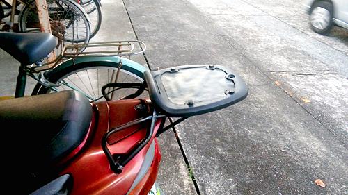 バイク用トップケース:台座