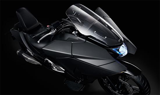 ホンダNM4(未来的バイク)図3