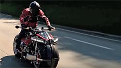 未来バイク:図05s
