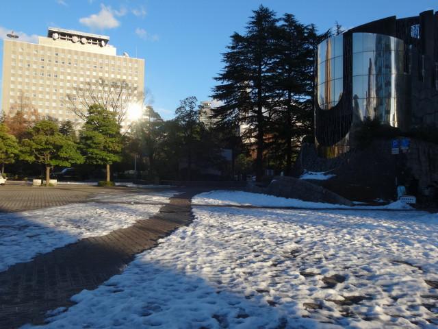 勾当台公園雪景色