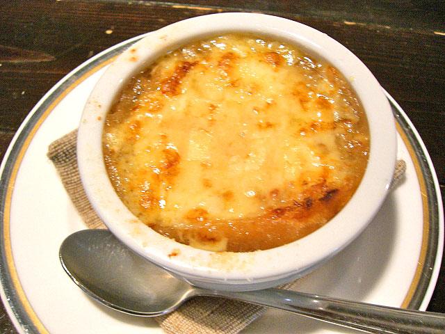 ポルチーニ茸のスープ・オニオングラタン仕立て
