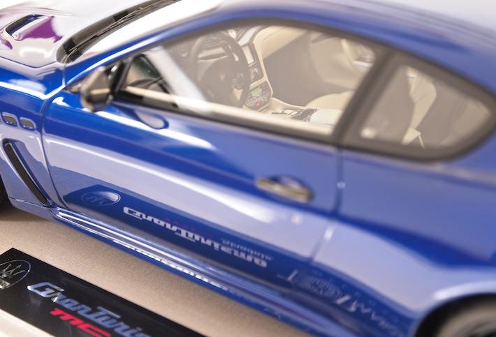BBR-TOP-MARQUES-Maserati-MC-Granturismo-modelcar-06.jpg