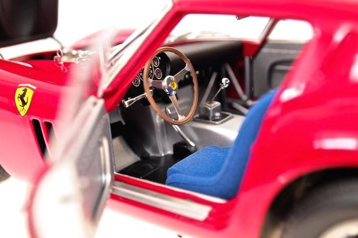 Kyosho-Ferrari-250-GTO-02.jpg
