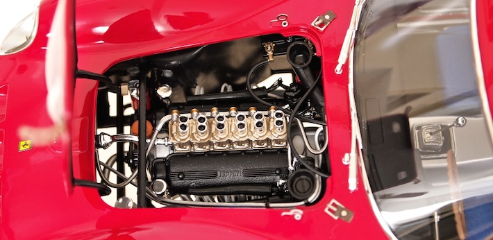 Kyosho-Ferrari-250-GTO-04.jpg