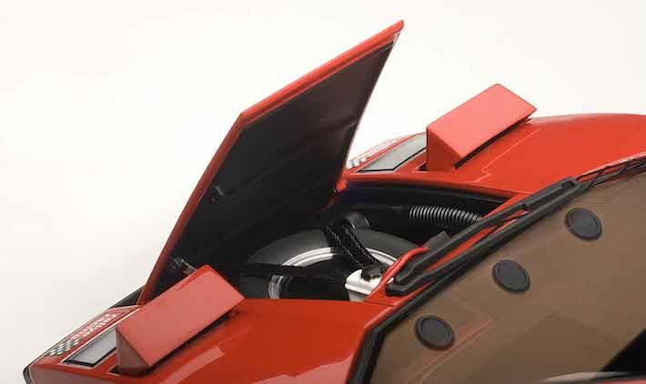 AUTOart-Lamborghini-Countach-Walter-Wolf-red-03.jpg