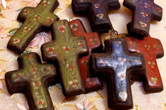 メキシコ クロス セラミック 陶器  十字架 インテリア 壁掛け 壁飾り ディスプレー 手作り