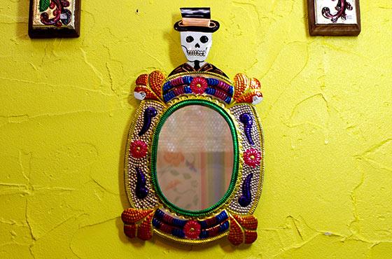 インテリア ミラー メキシカンスカル メキシコ雑貨 ブリキ かがみ スカル ドクロ ガイコツ