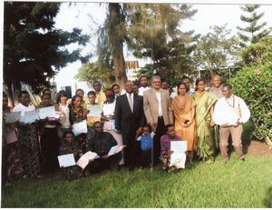 group photo with all participants and organizers