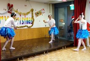ひげダンスからのミカンキャッチ