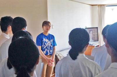 浪岡高校見学、雪田さん対応