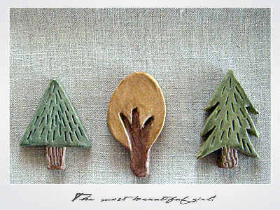 ねんどで木のモチーフ