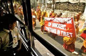 チベット僧のデモ