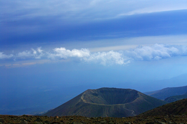 一切経山から小富士