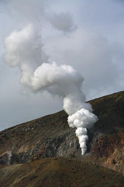 噴出する噴気