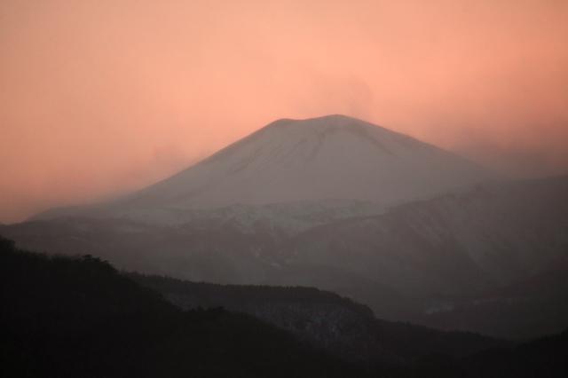 桜色の小富士