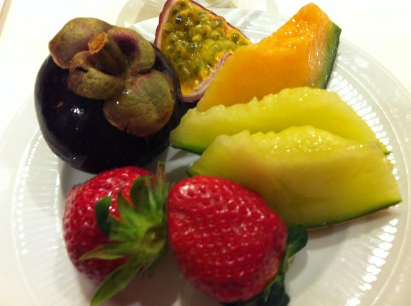 フルーツ食べ放題1