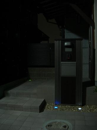 S不動産 モデルハウス玄関アプローチ (奈良県N市)
