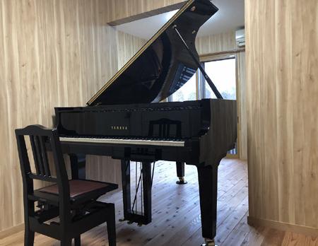 木造ピアノ室