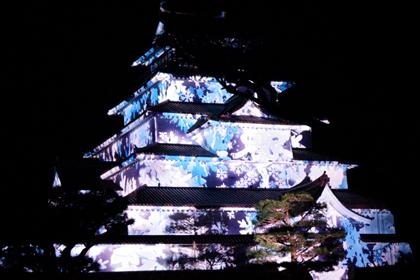 会津若松_鶴ヶ城_あかべこものがたり_はるか2015_プロジェクションマッピング_08.jpg