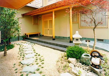 HOUSE O 外観(玄関)