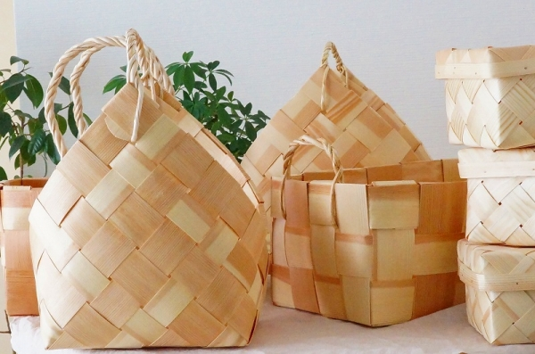 北欧雑貨/北欧/かご/バスケット/インテリア/収納/モミの木バスケット/ボックス/蓋付きボックス