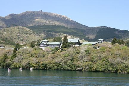 芦ノ湖遊覧船からの風景です。