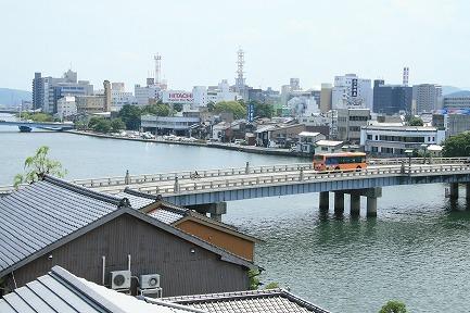大橋川と松江市街地です。